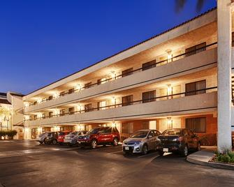 Best Western Plus Redondo Beach Inn - Редондо-Бич - Здание