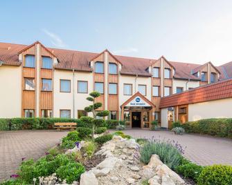 Best Western Hotel Erfurt-Apfelstädt - Erfurt - Building