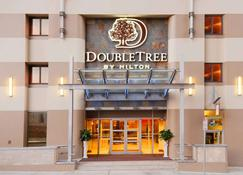 Doubletree by Hilton Hotel & Suites Pittsburgh Downtown - Pittsburgh - Building