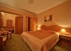 Hotel Polaris III - Świnoujście - Slaapkamer