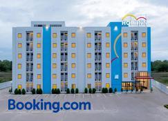 Hop Inn Buriram - Buri Ram - Building