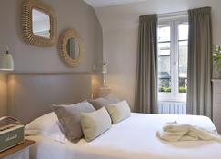 Hôtel Le Fer à Cheval - Trouville-sur-Mer - Bedroom