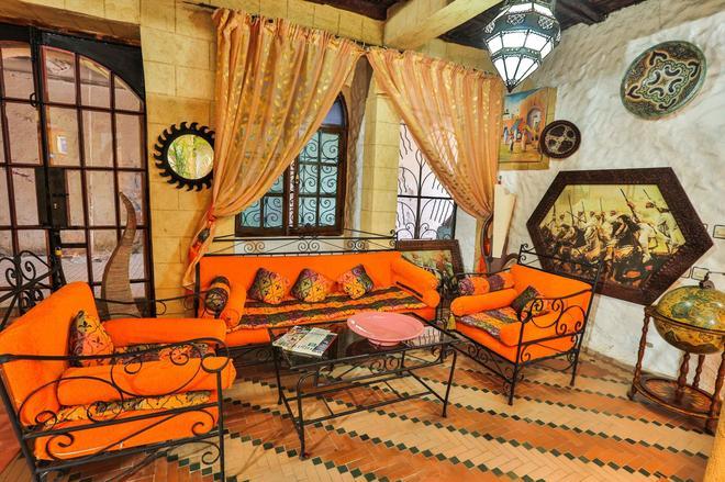 Riad Nakhla - Essaouira - Olohuone