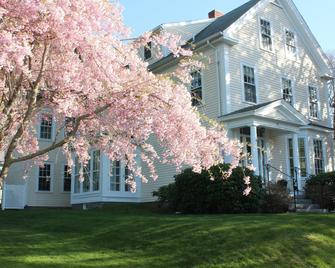 Beech Tree Bed and Breakfast - Rockport - Building