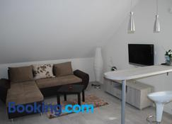 Franstal Apartments - Belgrad - Oturma odası