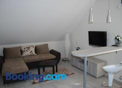 Franstal Apartments - Zemun - Oturma odası