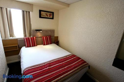 伯翰姆伍德法院酒店 - 布萊克浦 - 臥室