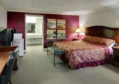 Econo Lodge Conference Center - El Dorado - Schlafzimmer