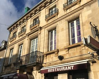 Hotel Du Commerce - Semur-en-Auxois - Gebäude