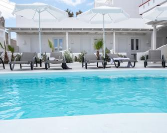 Ambience Suites - Firostefani - Pool