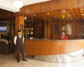 Hotel Royal Inn - Tacna - Rezeption