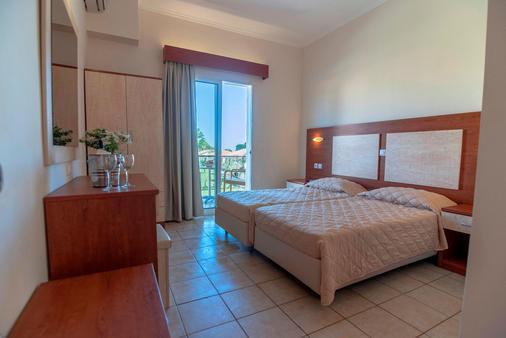 Messonghi Beach Hotel - Thị trấn Corfu - Phòng ngủ