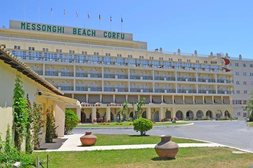 Messonghi Beach Hotel - Thị trấn Corfu - Toà nhà