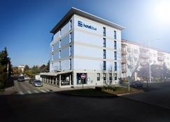 Hotel Blue Bratislava - Bratislava - Bygning