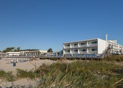 Blue Water Resort - South Yarmouth - Building