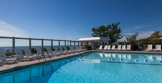 Blue Water Resort - South Yarmouth - Pool