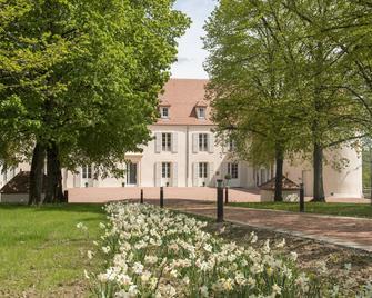 Le Château Du Bost - Bellerive-sur-Allier - Building