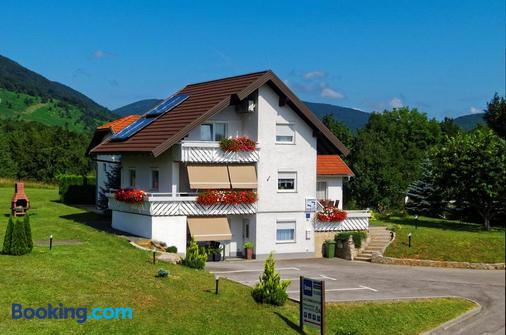 Guesthouse Franjkovic - Drežnik Grad - Building