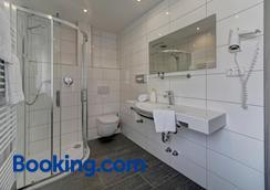 Hotel Post - Weiden in der Oberpfalz - Bathroom