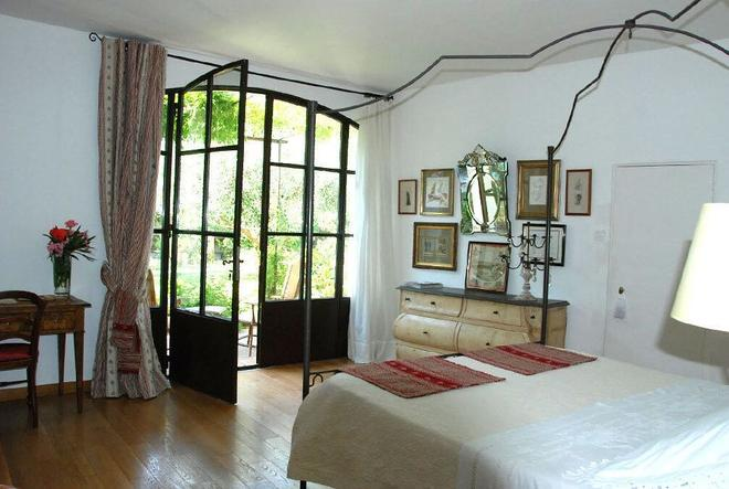 Habanera Chambres d'hôtes - Beauvoisin - Bedroom