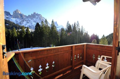 Residence Taufer - San Martino di Castrozza - Ban công