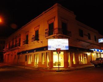 Hotel Plaza Paysandu - Paysandú - Gebouw