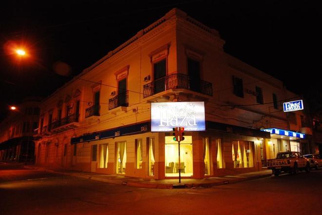 Hotel Plaza - Paysandú - Building