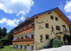 Pension Elan - Bayerisch Eisenstein - Edificio