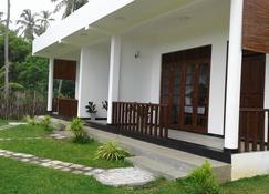 Senlora Resort - Tangalla