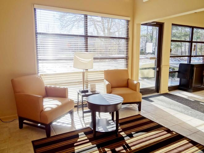 Extended Stay America - Raleigh - Cary - Harrison Ave. - Cary - Lobby