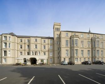 The Waverley Castle Hotel - Melrose - Building