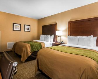 Quality Inn & Suites - Towanda - Bedroom