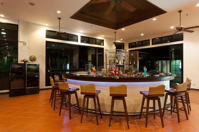 Alpina Phuket Nalina Resort & Spa - Karon - Bar