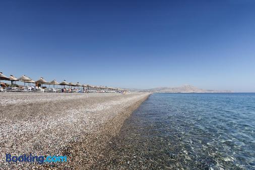 Atrium Palace Thalasso Spa Resort & Villas - Kalathos - Strand