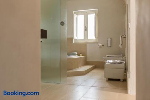 La Casa DI Lucio Hotel Relais - Matera - Bathroom