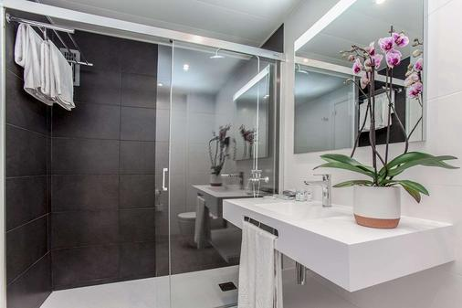 Aparthotel Atenea Barcelona - Barcelona - Phòng tắm