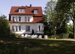 Hotel Pension Villa Holstein - Bad Salzuflen - Building