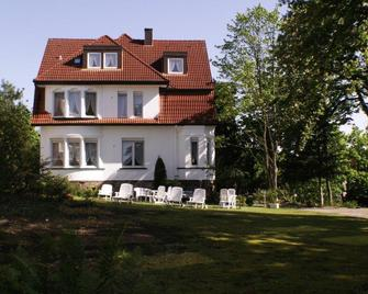 Hotel Pension Villa Holstein - Bad Salzuflen - Building