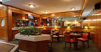 Balmoral Plaza Hotel - מונטווידאו - בר