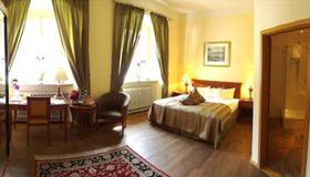 Arkaden Hotel Im Kloster - Bamberg - Bedroom