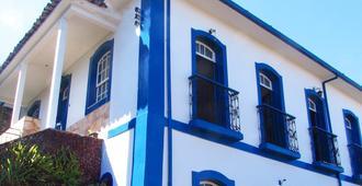 Buena Vista Hostel - Ouro Preto - Building