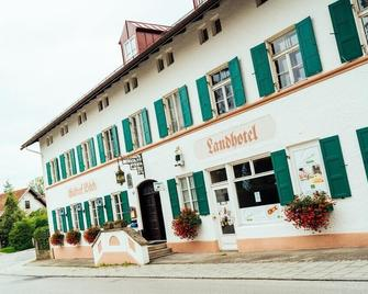 Landgasthof Böck - Gauting - Building