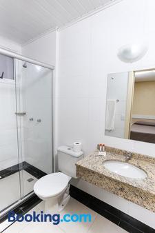 Hotel Express Savoy - Porto Alegre - Bathroom