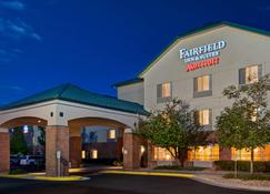 Fairfield Inn & Suites by Marriott Denver Airport - Denver - Edificio