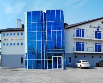 Porto Riva - Запоріжжя - Building