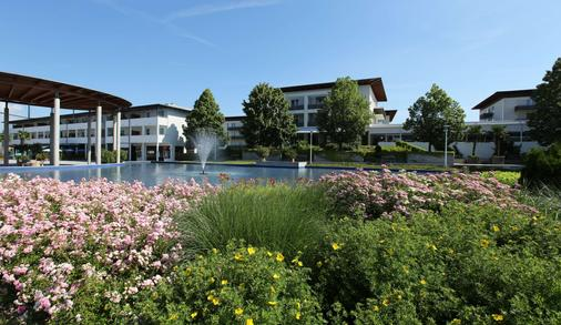Spa Resort Therme Geinberg - Geinberg - Building