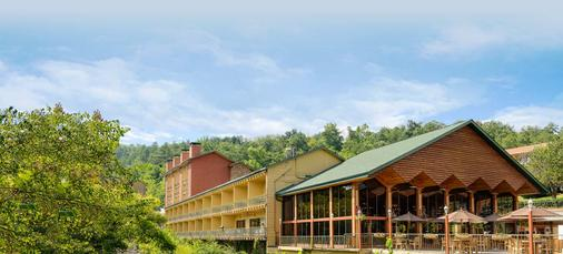 River Terrace Resort & Convention Center - Gatlinburg - Building