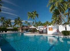Gran Festivall Resort - มันซานิลโล - สระว่ายน้ำ