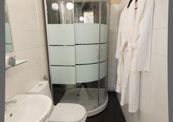 Crossroads Hotel - Moscow (Matxcơva) - Phòng tắm