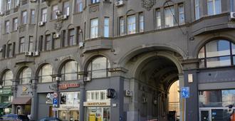 Hotel Petrovka 17 - Moscú - Edificio